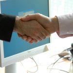 Jak zbudować sieć kontaktów i zdobyć pracę? – WYWIAD