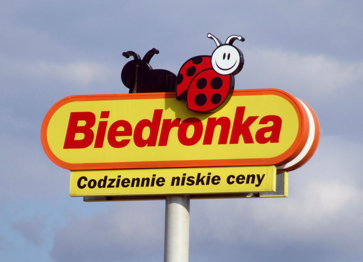 http://commons.wikimedia.org/wiki/Category:Biedronka#/media/File:Biedronka_logo.jpg